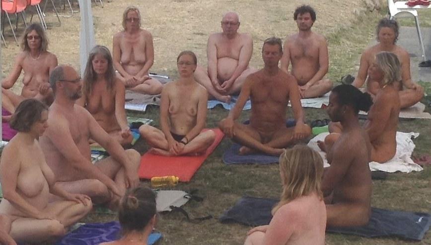naturist massage frække damer billeder