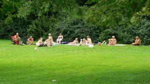 Børkop: Familie- og naturistsvømning