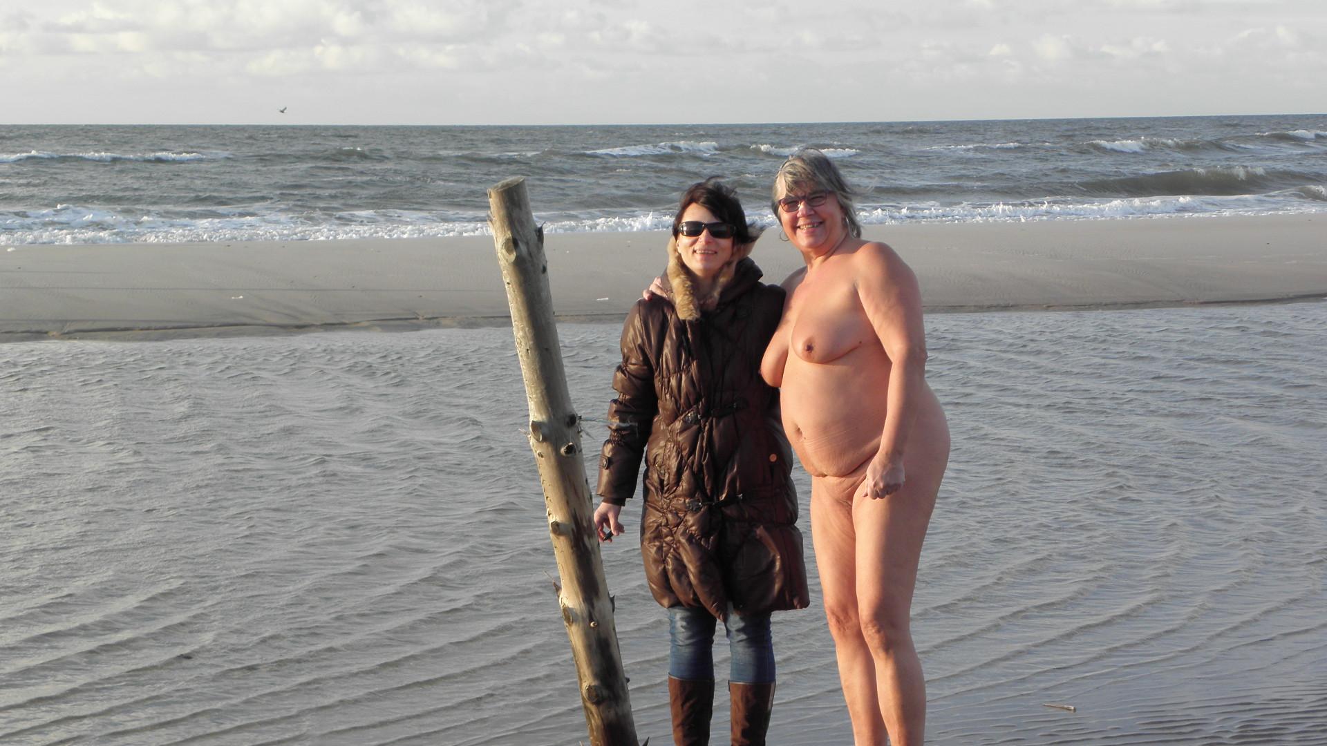 aalborg piger nøgne strand billeder